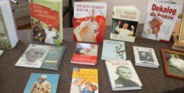 Wświecie poezji ipieśni Karola Wojtyły
