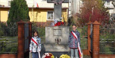 Straż honorowa zokazji Stulecia Odzyskania przezPolskę Niepodległości