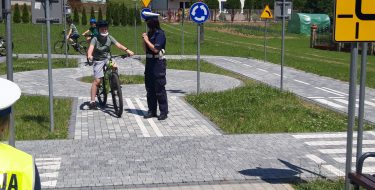 Egzamin praktyczny nakartę rowerową uczniów klasy czwartej